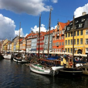 Dentist Positions in Scandinavia with FREE language course