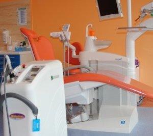 Stomatologia bez bólu - Laserowe leczenie zebów - laserem zamiast wiertła