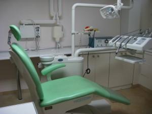 Sprzedam kompletne wyposażenie gabinetu stomatologicznego