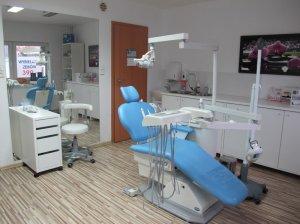 W pełni wyposażony gabinet stomatologiczny Poznań - możliwość 3 razy w tygodniu