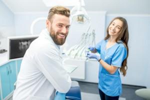 Toruń i Bydgoszcz - praca dla Lekarzy Dentystów